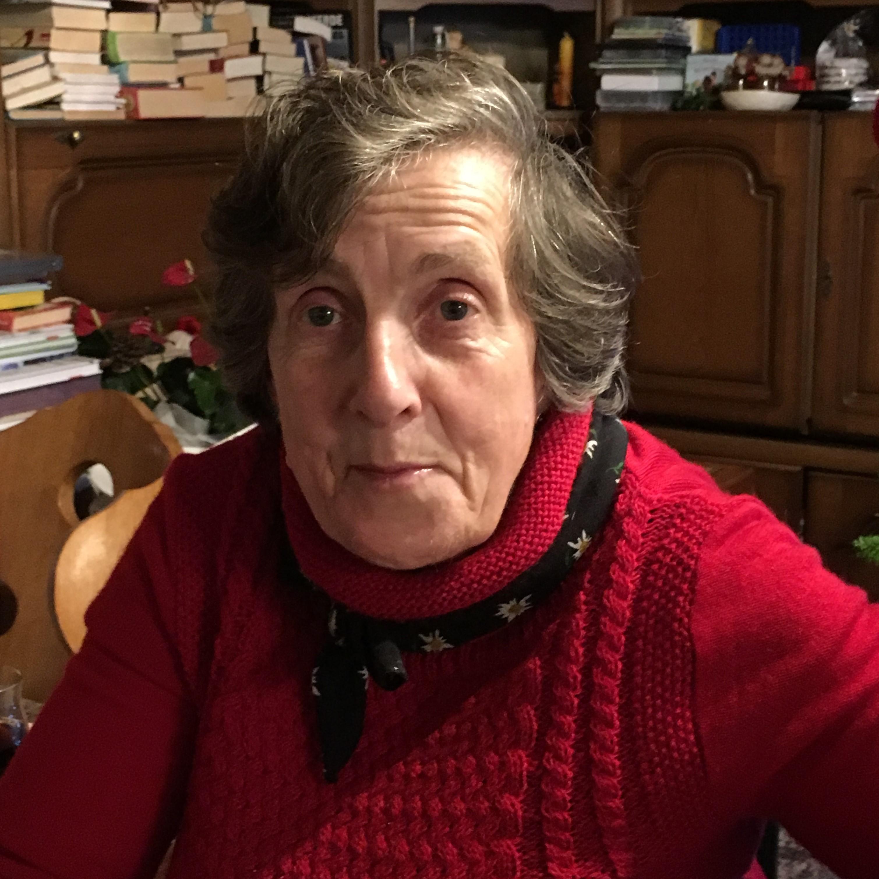 Annelies Saringer